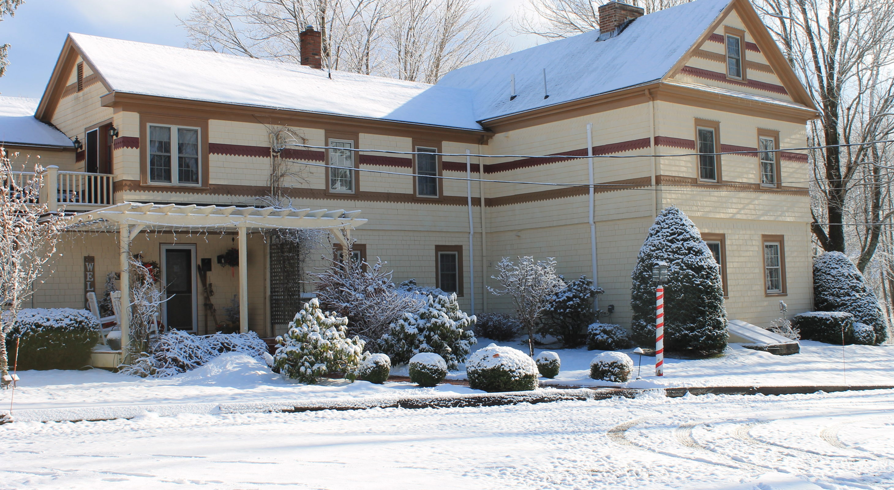 1802 House blanketed by snow